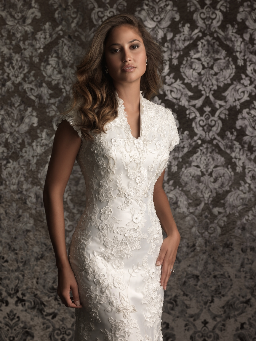 Style: M495 - Petals and Promises Bridal